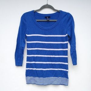 GAP • striped lighterweight knit blue sweater